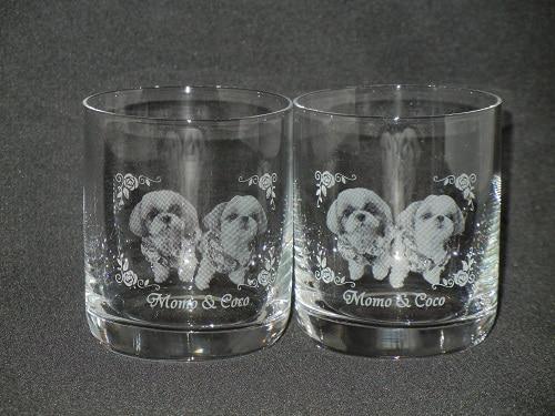 ☆ペットちゃんのお写真をグラスに彫刻いたします☆